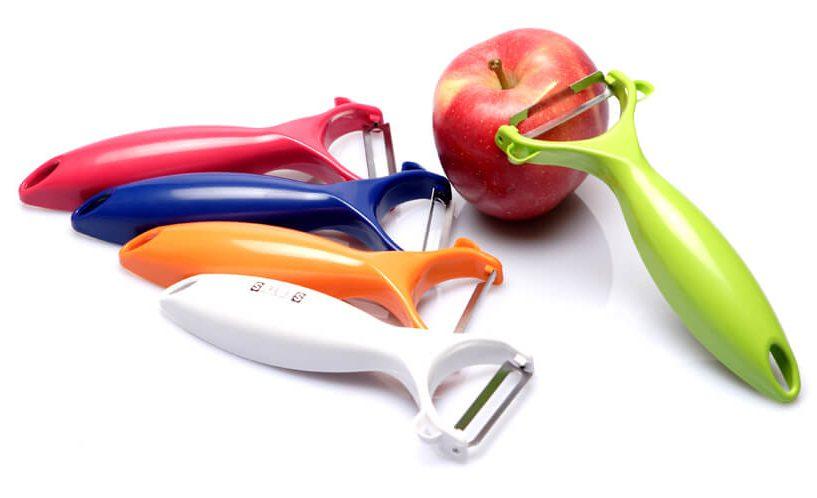 Statusov lupilnik sadja in zelenjave v vseh barvnih različicah.