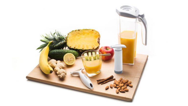 Set za dvig imunosti status - vakuumski vrč, vakuumska črpalka in lupilec sadja in zelenjave