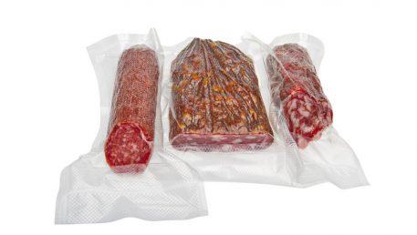 Zavakuumirani suhi salami in savinjski želodec.