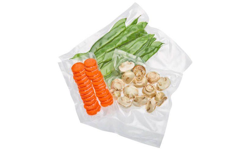 Zavakuumirana zelenjava v Statusovih vrečkah.